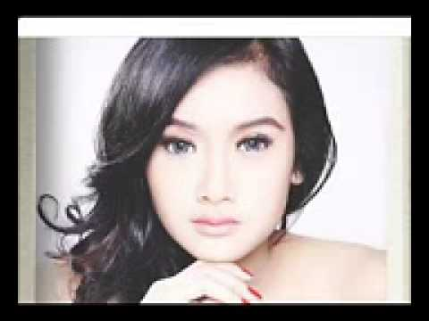 Cita Citata -  Meriang  (merindukan kasih sayang)  Official Video