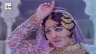 KATE NA KATEY RE - ROONA LAILA - UMRAO JAN ADA - PAKISTANI FILM SONG