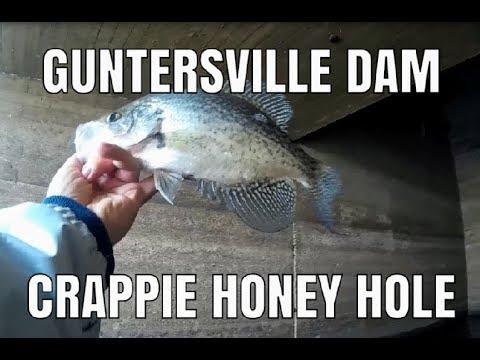 CRAPPIE Fishing At Guntersville Dam - Dangerous Water!