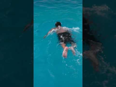 Karachi under water champion