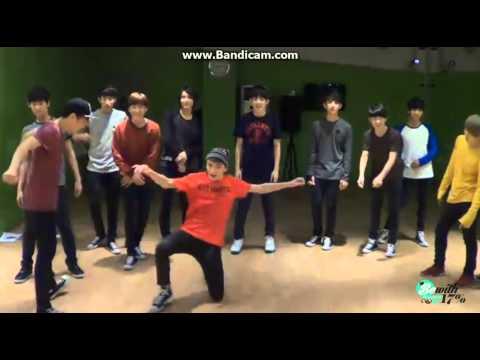 130927 SEVENTEEN dance battle 'Teach Me How To Dougie'