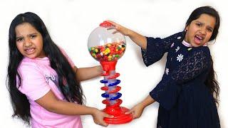 Download शफ़ा और उसकी जुड़वाँ को एक जैसी ग़म्स मशीन चाहिए। Mp3 and Videos
