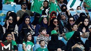 شاهد: اول ظهور لبنات سعوديات في ملعب الملك فهد