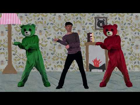 John And Lil the Dancing Bears by Sparkysongs/Funny dancing song for kids/sparky songs