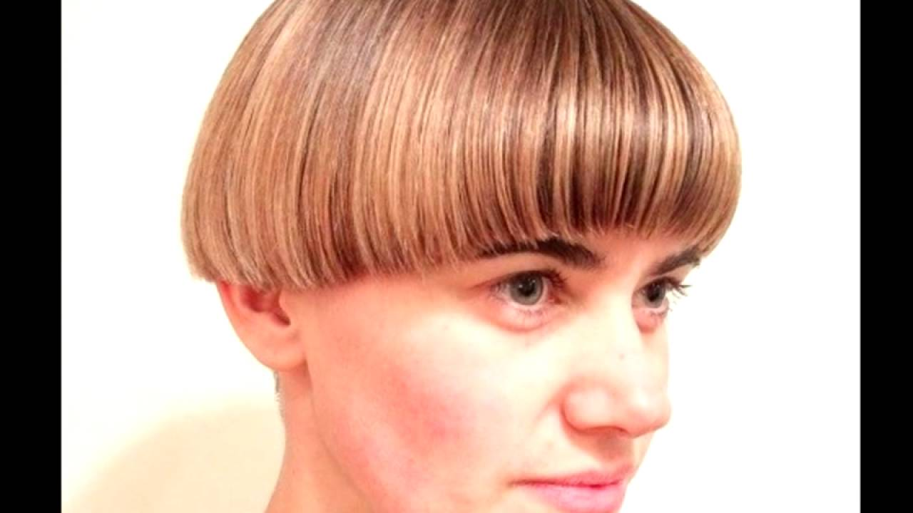 Ways To Rock A Bowl Cut Woman Hairstyle Youtube