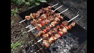 Делаем шашлык из свинины и шашлык из курицы (видео рецепт)(Делаем шашлык из свинины и шашлык из курицы (видео рецепт) http://bringingsuccess.ru/recepty.php В данном видео мы показываем..., 2014-07-11T17:22:02.000Z)