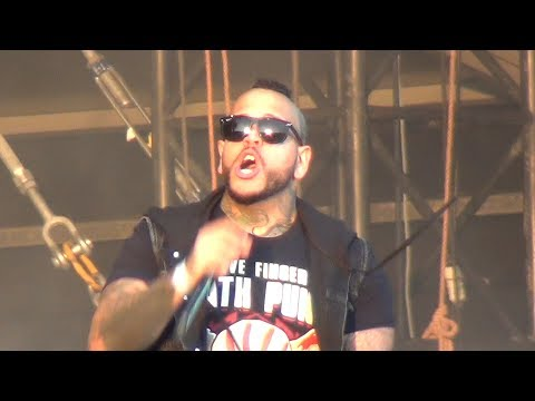 Five Finger Death Punch feat. Tommy Vext - Lift Me Up (Opening) - Graspop Metal Meeting 2017
