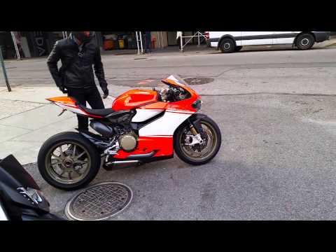 Ducati 1199 Superleggera Start Up & Revs In NYC
