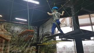 Веревочные препятствия, спорт в развлекательном центре!