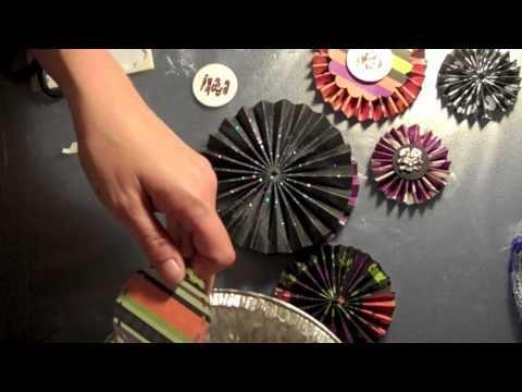 Decorating Paper Medallions