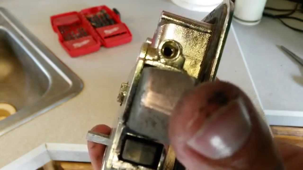 This Old Trailer ~Fixing an RV Door Latch/Lockset ~Repair or ...