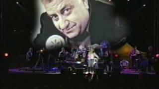 Glykeria - Kanis edo den tragouda (2006)
