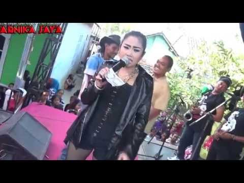 Gerange Tresna -  Anik Arnika Jaya Live Penpen