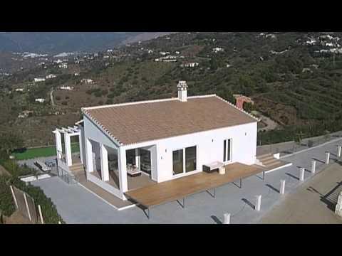 Abovetorredelmar.com - modern villa for sale above Torre del Mar, Malaga