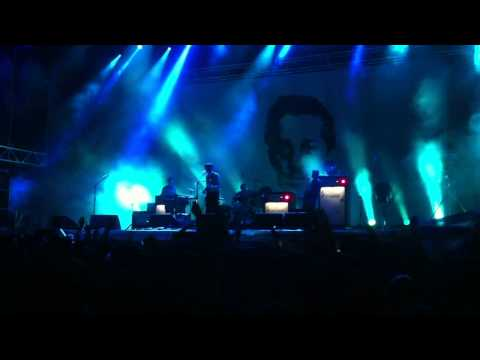 Franz Ferdinand - Can't Stop Feeling / I Feel Love (Live @ A Perfect Day Festival 2012)