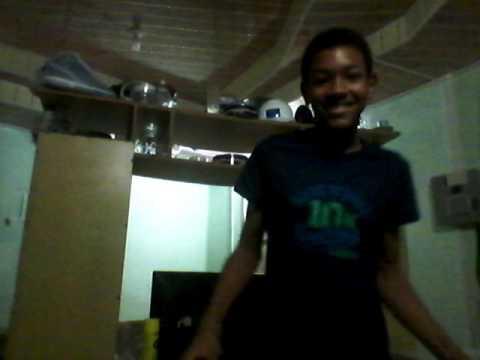 RYAN Dances to shaka run