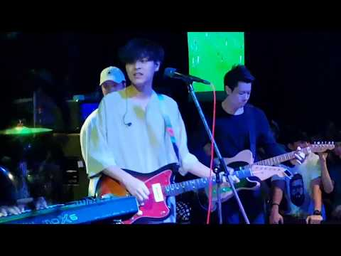 The toy Live in U Bar Khonkaen HD by hilllastman
