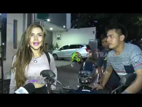 Kehabisan Uang dan Bensin, Barbie Kumalasari & Galih Dorong Motor | SELEB EXPOSE (20/04/19)