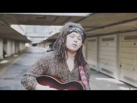 Luke Friend - Hollow (Live Acoustic Version)