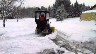 John Deere D160 Blowing snow