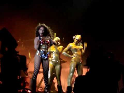 Radio - BEYONCÉ - I Am... Tour - LISBON