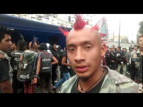 El lenguaje coloquial - criatura punk en el chopo