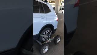 Wheel lift towing with dollies