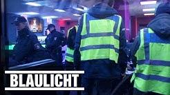 Razzia Hamburg Harburg - 60 Polizisten stürmen Sportsbar / Razzia gegen Einbrecher