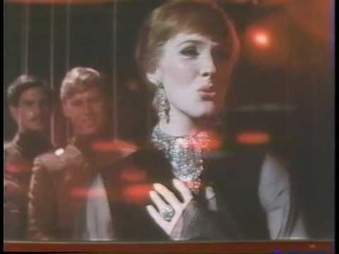 Julie Andrews Whistling Away the Dark  Darling Lili last Scene