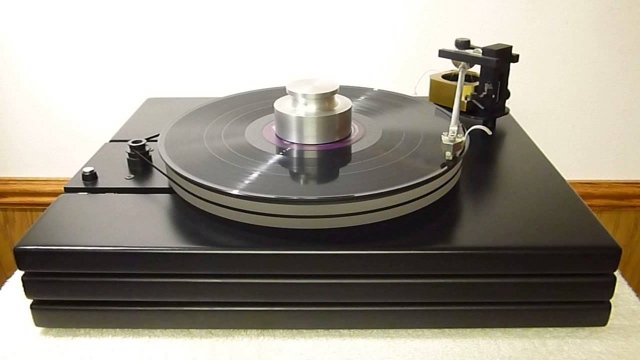WELL TEMPERED CLASSIC TURNTABLE AND TONEARM - YouTube