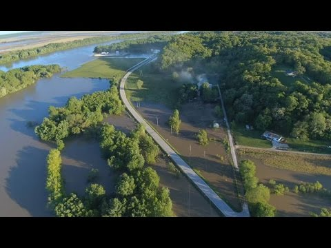 Flooding Illinois River Pearl IL May 2, 2017