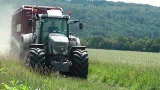 Fendt 936 Black Beauty und Strautmann Giga Vitesse bei der Grassilage - Agrartechnik HD.mp3