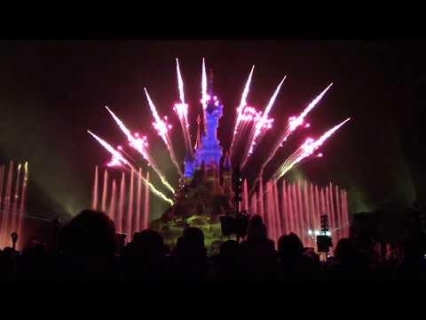Illuminations Night Spectactular at Disneyland Paris (2 1/2 complete shows)