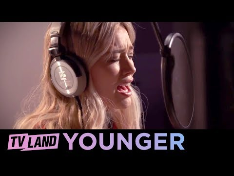 "Hilary Duff Covers Fleetwood Mac's ""Little Lies"" 