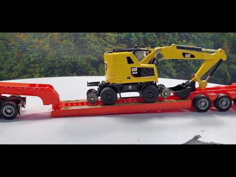 Diecast Masters Caterpillar HO Scale Models