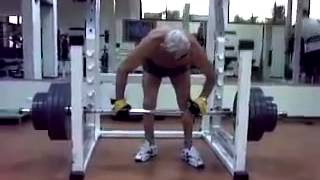 Возраст спорту не помеха  82 года 200 kg становая
