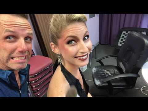 VLOG Time! Behind the scenes photo shoot : with international makeup artist, studio-ish