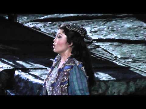 Hui He: Il Trovatore: Tacea la notte placida
