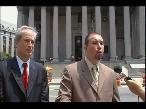 Jeffrey Deskovic Endorses Richrd Aborn for Manhattan DA (Foley Square: July 27th, 2009)