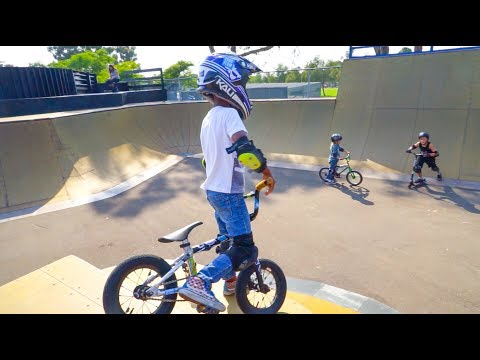 CRAZY 7 YEAR OLD ON BMX!