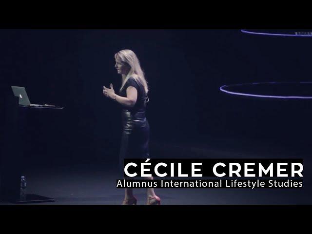 Cécile helpt bedrijven over de wereld de toekomst te begrijpen & te vertalen naar nieuwe producten.