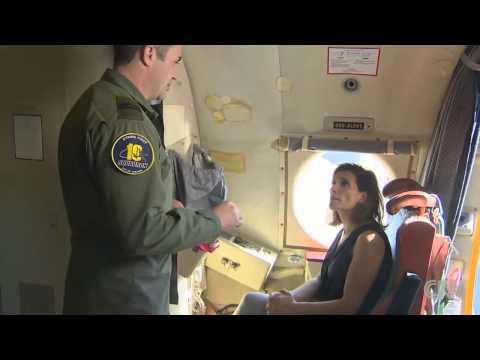 Bên trong máy bay tuần tra săn ngầm P-3C Orion