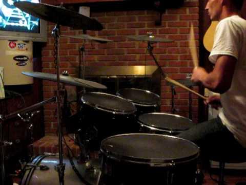 ultimate full size homemade guitar hero drum set toxicity expert youtube. Black Bedroom Furniture Sets. Home Design Ideas