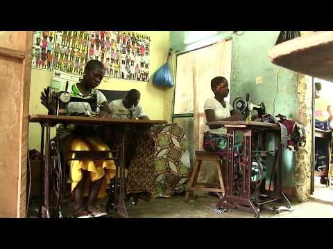 RAMDE Edith, couture à Dedougou (Burkina Faso)