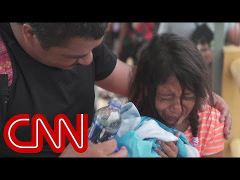 Migrant caravan hit with tear gas on Mexican border