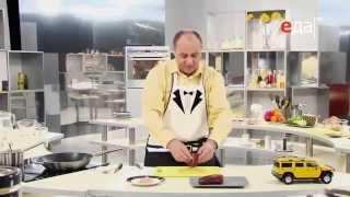 Как правильно отбить мясо мастер-класс от шеф-повара / Илья Лазерсон / полезные советы