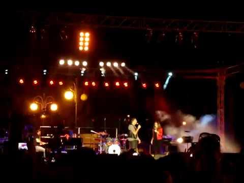 Άννα Βίσση & Αντώνης Ρέμος - Δυο Ψέματα / Πράγματα, Συναυλία Αλληλεγγύης, Λάρνακα (27/05/2013)