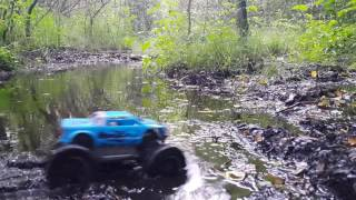Maisto Rock Crawler Junior extreme mud and water!