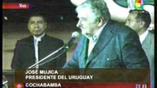 """Presidente de Uruguay José """"Pepe"""" Mujica llegó a Bolivia para reunirse con Evo Morales"""