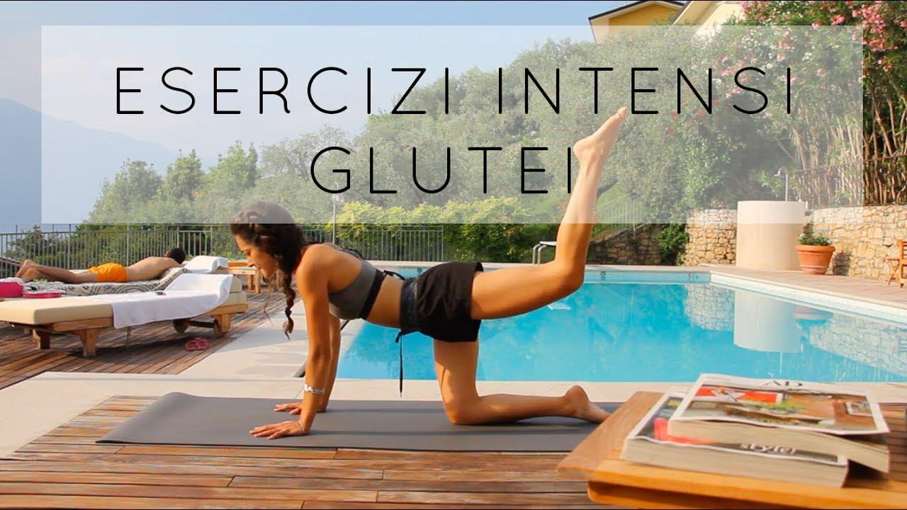 Download Esercizi intensi per Glutei
